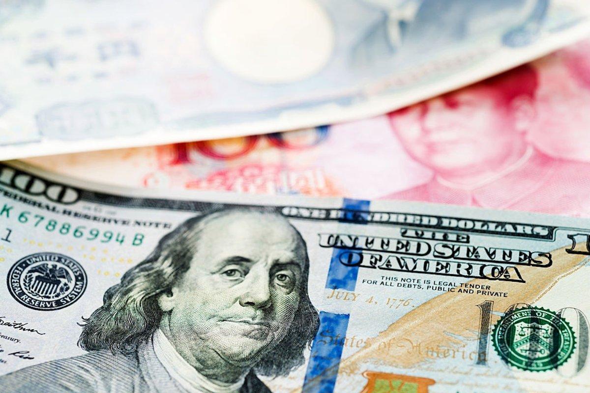 Os países precisam atrelar sua moeda ao dólar?