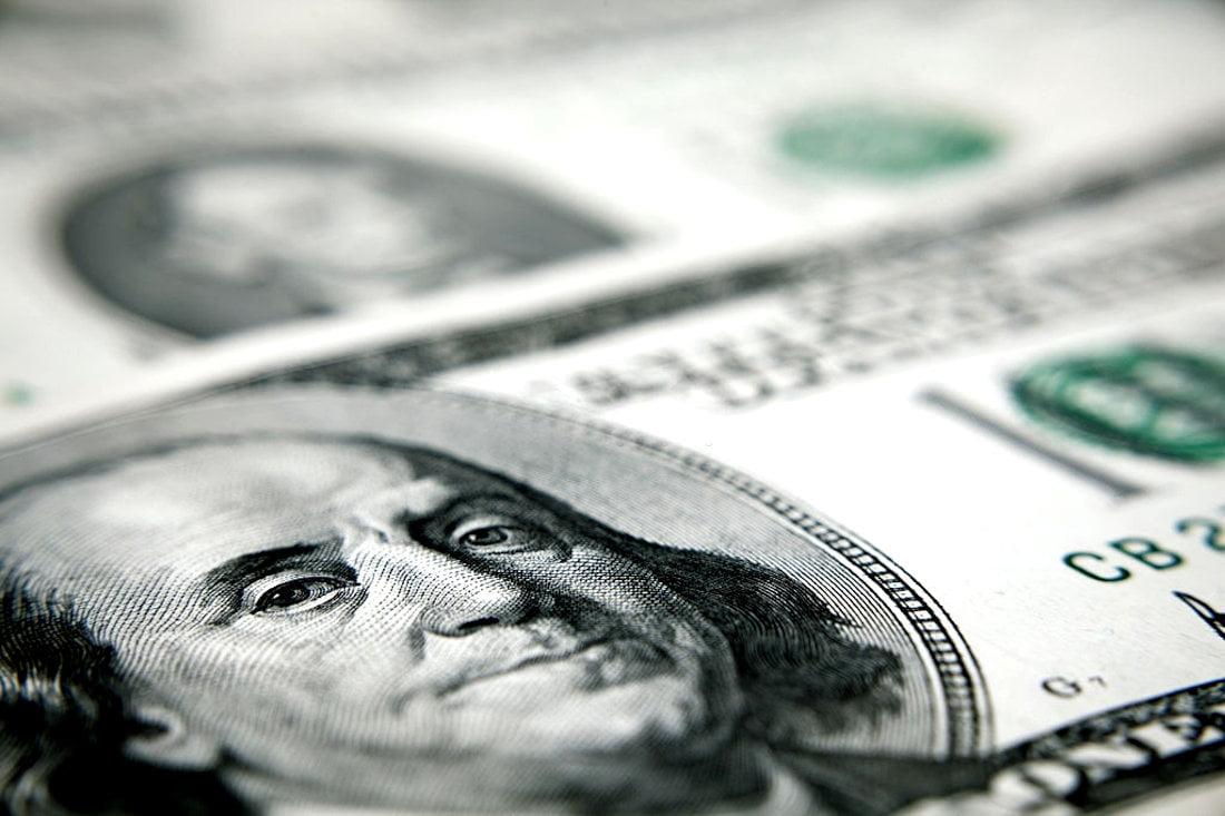 Como comprar dólar americano em espécie